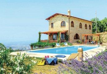 Villa in Cinigiano, Italy