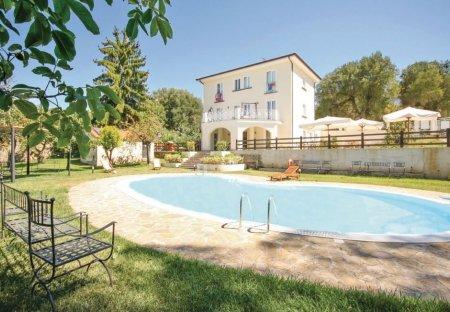 Villa in Vallo della Lucania, Italy