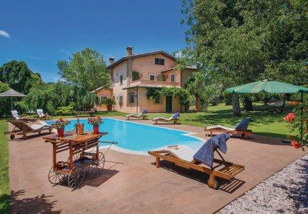 Villa in Corchiano, Italy