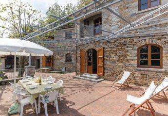 Villa in Montignoso, Italy
