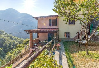 Apartment in Italy, Casoli di Camaiore