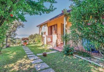 Villa in San Feliciano, Italy