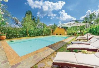 Villa in Pescaglia, Italy