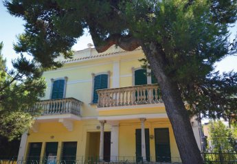 Villa in Pescara, Italy