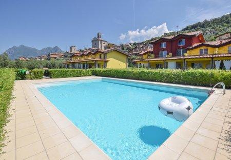 Villa in Siviano, Italy