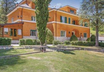 Villa in Italy, L'Aquila