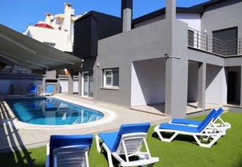 Villa in Cyprus, Kyrenia Town