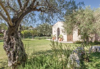 Villa in Fontane Bianche, Sicily