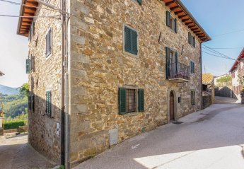 Villa in Italy, Gragnana