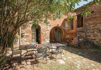 Apartment in Lucignano, Italy