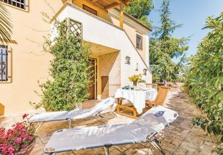 Villa in Picciano, Italy