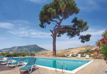 Villa in Italy, Caccamo