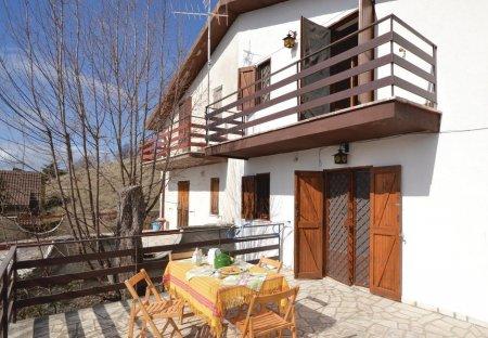 Villa in Serrone, Italy