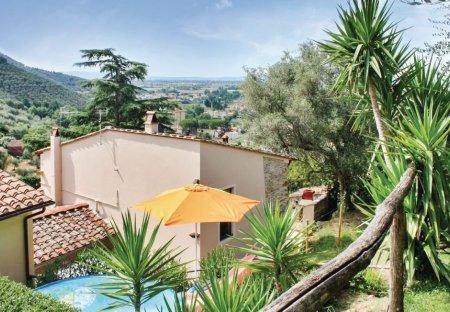Villa in Asciano Pisano, Italy