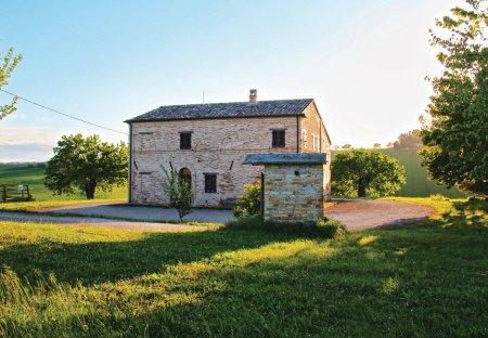 Villa in Montecassiano, Italy