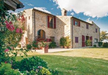Villa in Rotella, Italy
