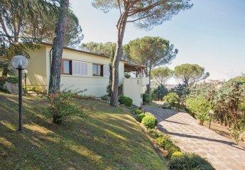 Villa in Lari, Italy