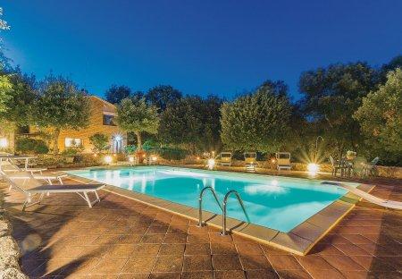 Villa in Carpineta, Italy