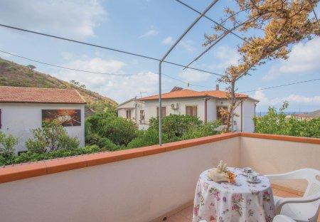 Villa in Pomonte, Italy