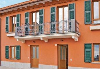Apartment in Pitelli, Italy