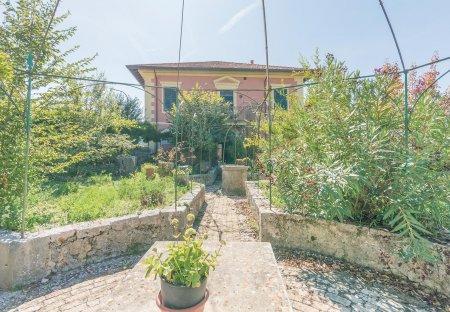 Villa in Arpino, Italy