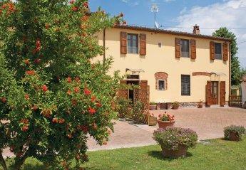 Villa in Ponte Buggianese, Italy