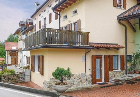 Villa in Chies, Italy