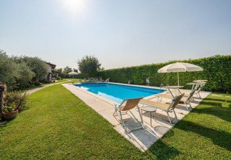 Villa in Caprino Veronese, Italy