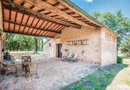 Villa in Simignano, Italy