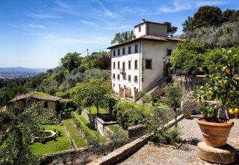 Villa in Campo Di Marte, Italy