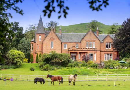 Chateau in Biggar/Symington and Black Mount, Scotland