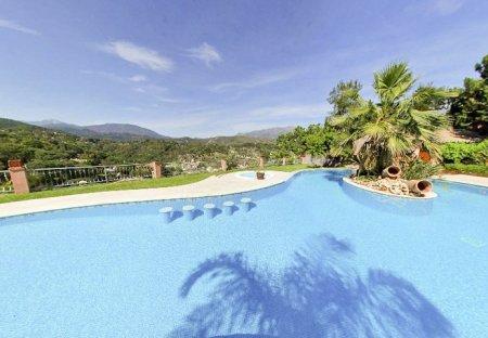Villa in El Madroñal, Spain
