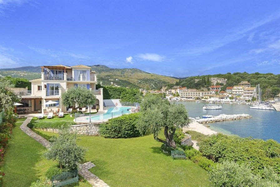 Property To Rent In Kassiopi