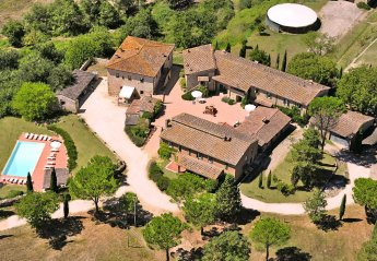 Villa in Italy, Chiusdino