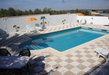 Villa in Puente Genil, Spain: Pool Area