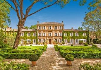 Chateau in Le Village-Saint-Martin-de-Crau, the South of France
