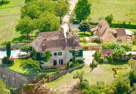 Villa in Sainte-Mondane, France
