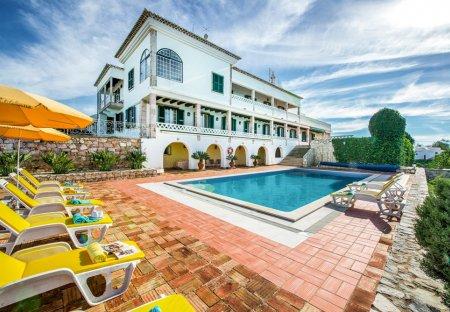 Villa in Ferragudo, Algarve