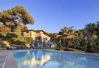 Villa in Quercianella, Italy