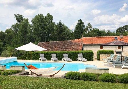 Villa in Saint-Front, France