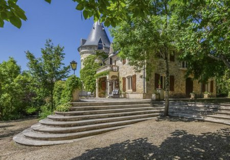 Chateau in Luzech, the South of France