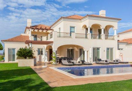 Villa in Monte Rei Golf & Country Club, Algarve
