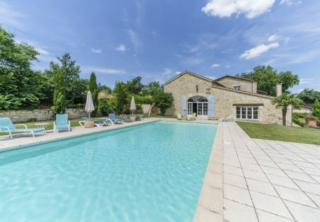 Villa in Béraut, the South of France