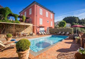 Villa in Fabbrica, Italy