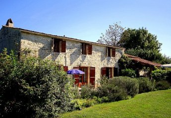 Villa in Saint-Eutrope, France