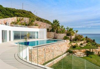 Villa in Salema, Algarve