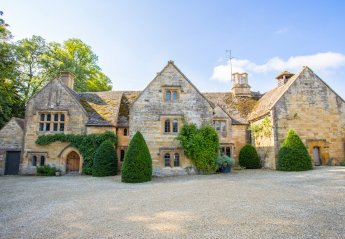 Chateau in Bourton Vale, England