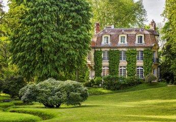 Chateau in Le Coudraie, France
