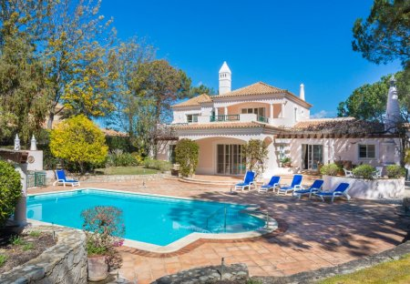 Villa in Quinta do Lago, Algarve