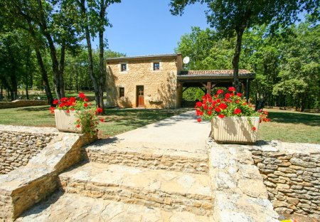 Villa in Sainte-Foy-de-Longas, France